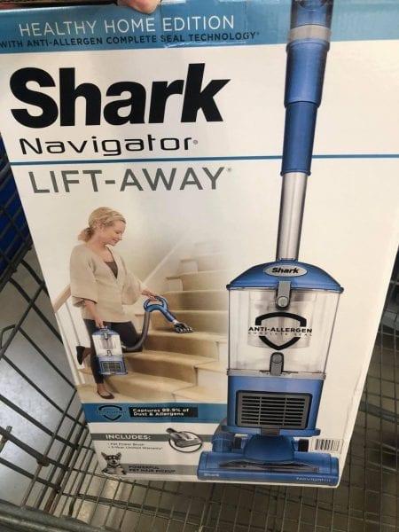 Shark Navigator Lift Away Vacuum HOT