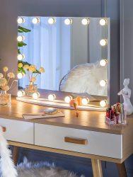 Vanity Mirror with Makeup Lights Huge Savings on Amazon!